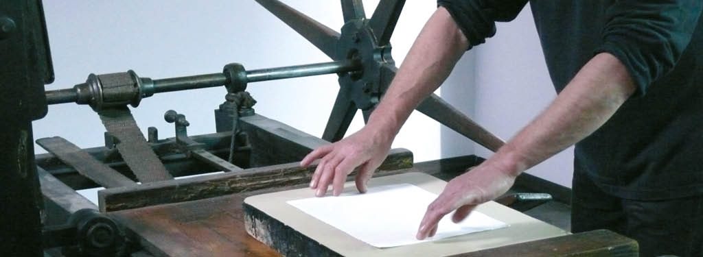 Work on a hisotrical lithography press