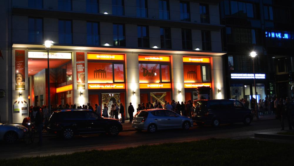dal die ausstellung am potsdamer platz bei der 37 langen nacht der museen am 19 august. Black Bedroom Furniture Sets. Home Design Ideas